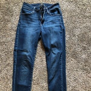 Medium wash skinny jean